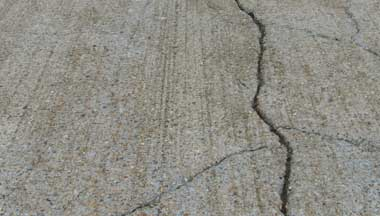 Settling Cracks